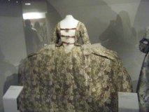 1700_1800_Extreme_Width_dress_by_TuderianArtiste