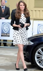 kate-middleton-and-topshop-tall-polka-dot-dress-gallery